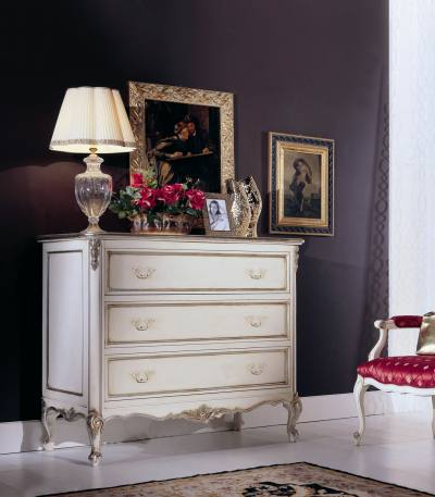 Comoda 3 sertare Versailles